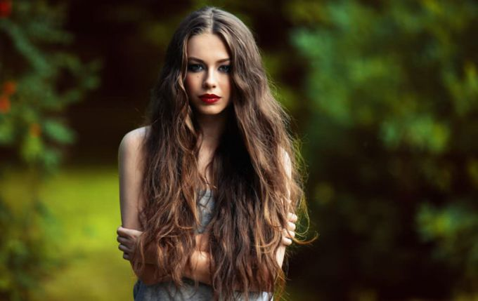 How to grow long and healthy hair at home