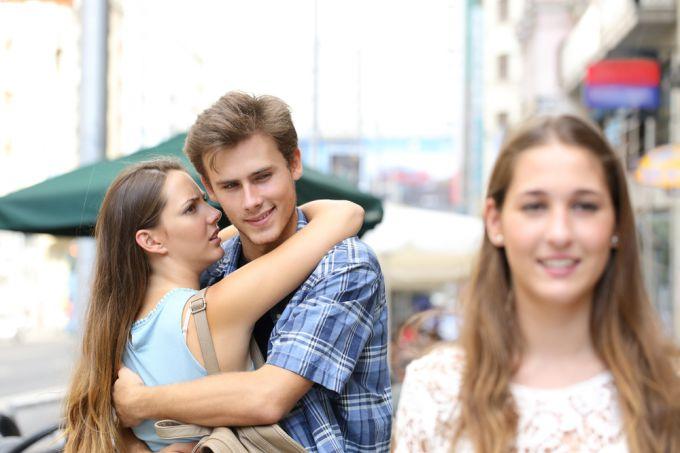 Что делать, если муж — бабник? Проблемы в браке