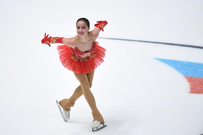 Галина Данилова И Ирина Медведева В Монокини – 6 Кадров (2006)