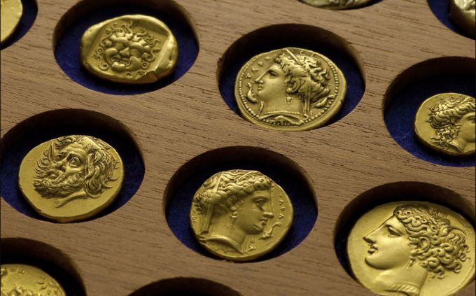 10 самых дорогих монет России