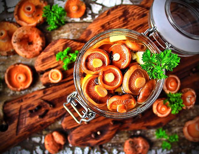 Как замариновать грибы рыжики