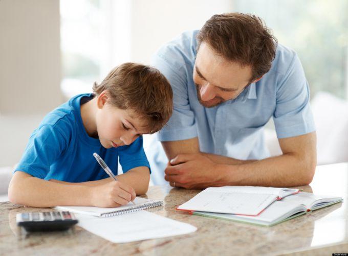 Как помочь ребенку с уроками