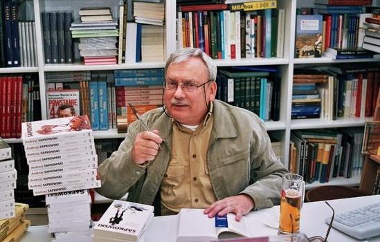 Анджей Сапковский: биография, карьера и личная жизнь