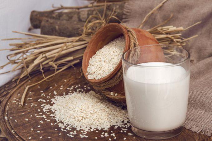 Кунжутное молоко понравится всем людям, следящим за своим здоровьем!