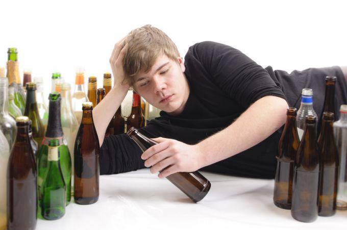 Употребление алкоголя и наркотиков в подростковом возрасте: как помочь