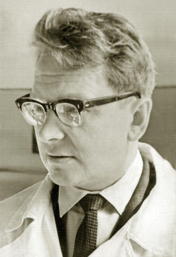 Тарасов Олег Феодосьевич