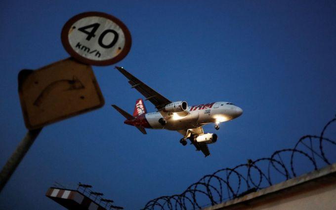 Необычные экстренные посадки самолетов