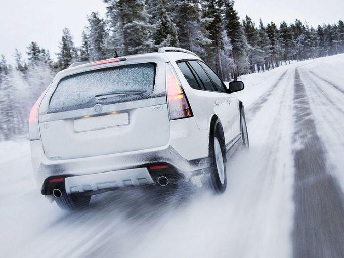 Управление автомобилем в зимнее время года