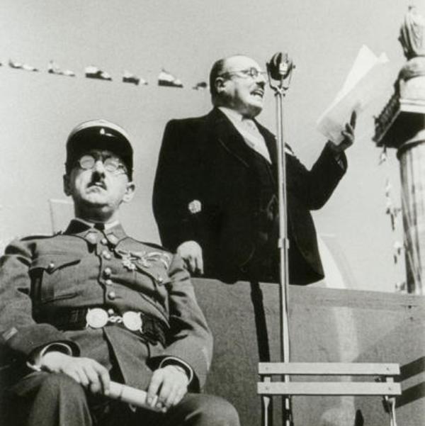 Жак Дюкло обращается к парижанам в День взятия Бастилии