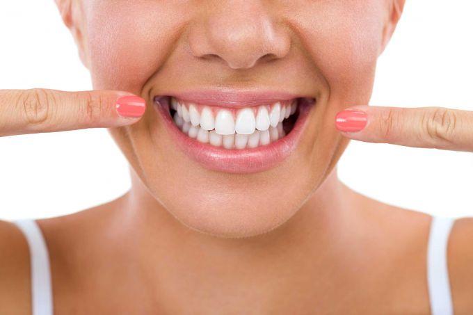 6 способов отбеливания зубов без использования химических средств