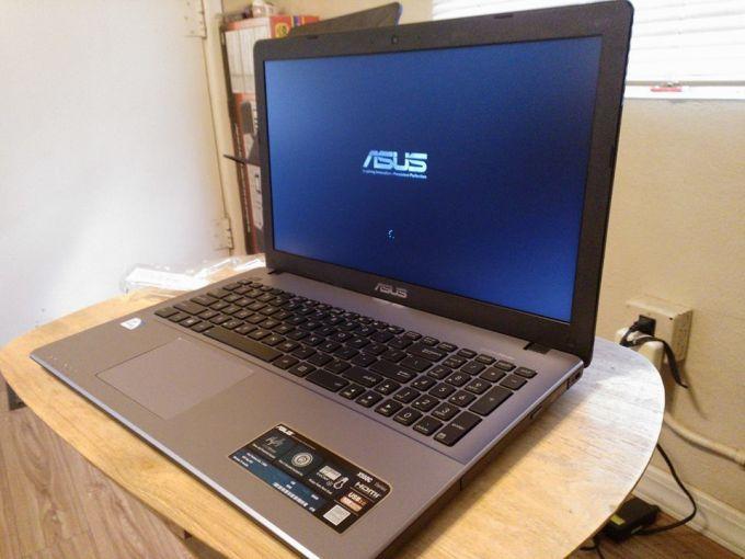 Доступная и современная модель ноутбука от китайского производителя ASUS
