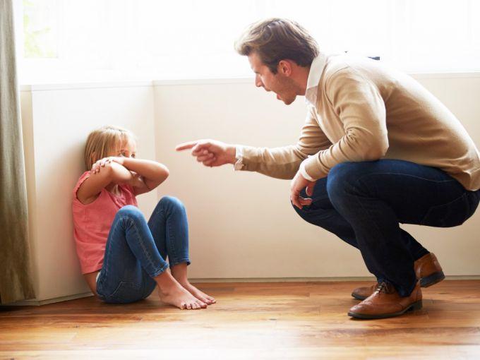 Признаки «токсичных» родителей