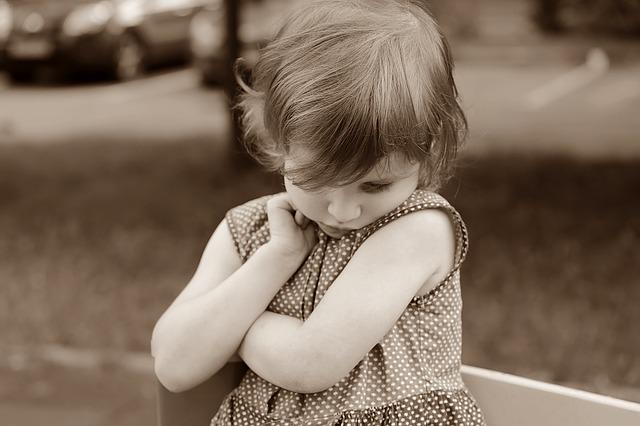 Как проявляются детские неврозы