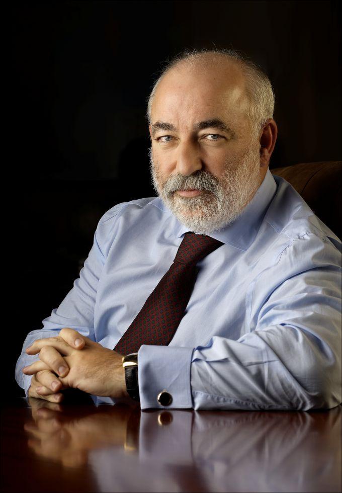 Виктор Феликсович Вексельберг - российский предприниматель