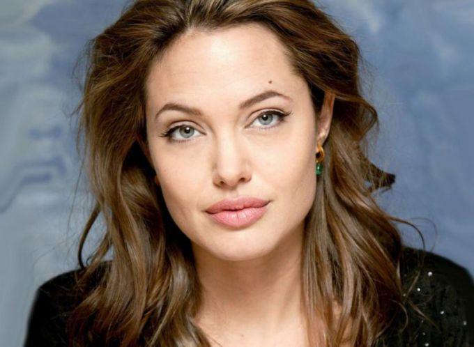 Развод Анджелины Джоли: фото