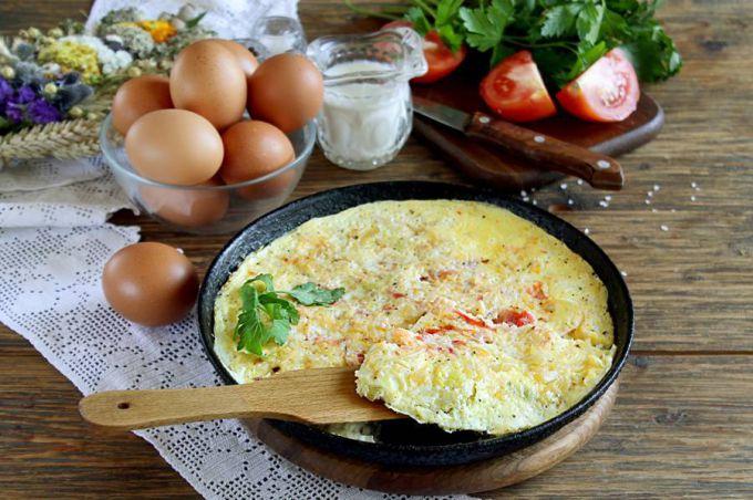 Kak pravil'no prigotovit' omlet na skovorode