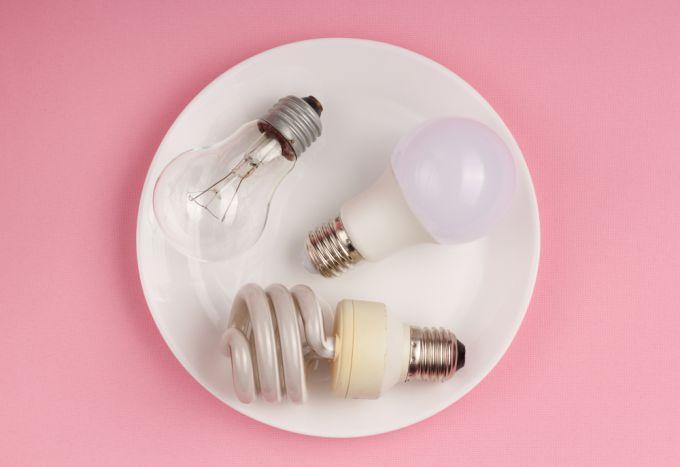 Почему стоит заменить лампы накаливания на светодиодные и как их правильно выбрать