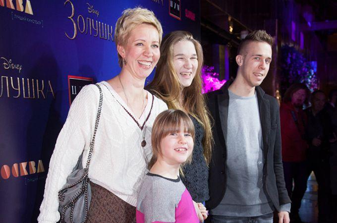 Татьяна Лазарева со своими наследниками