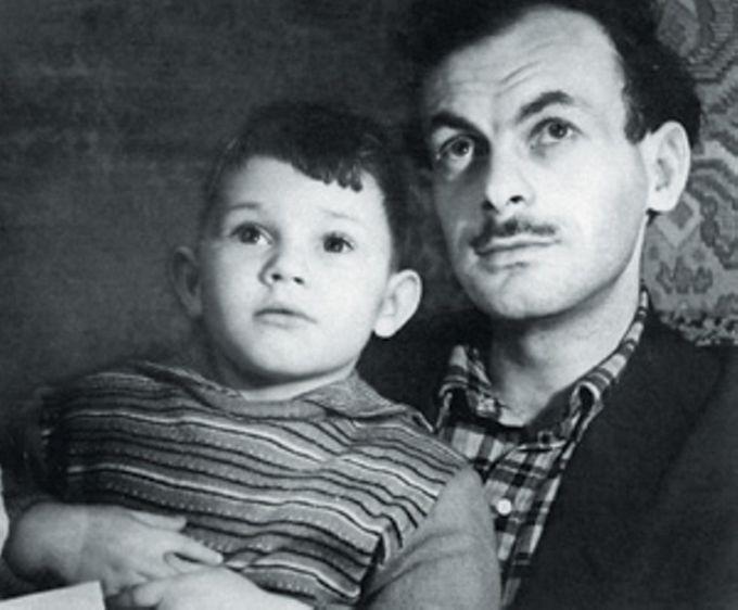 Окуджава с сыном