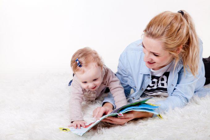 как развивать речь ребенка до года