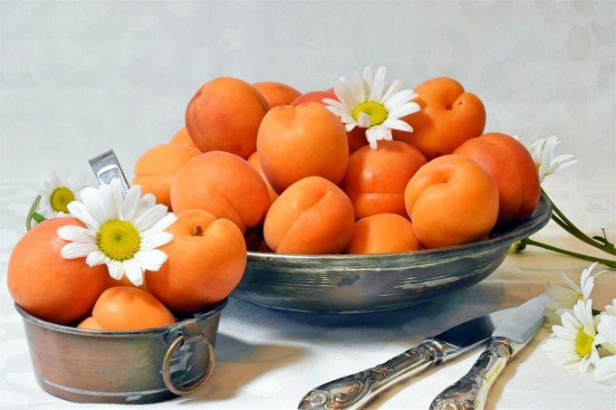 Какие десерты можно приготовить из абрикосов