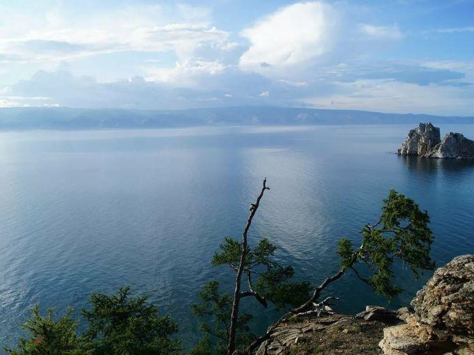 Почему стоит посетить Байкал?