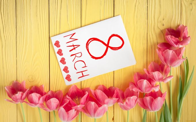 Что подарить на 8 марта? 30 идей для подарка