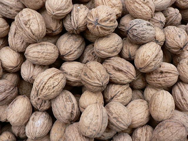 5. Грецкие орехи
