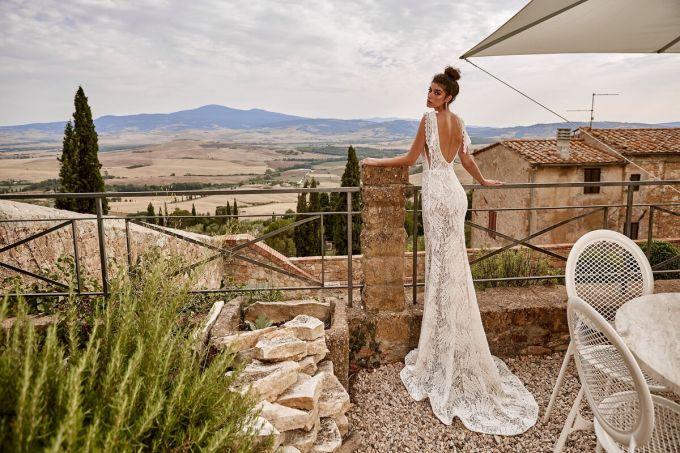 Кружевные свадебные платья опять в моде