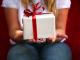 Что подарить ребенку на совершеннолетие